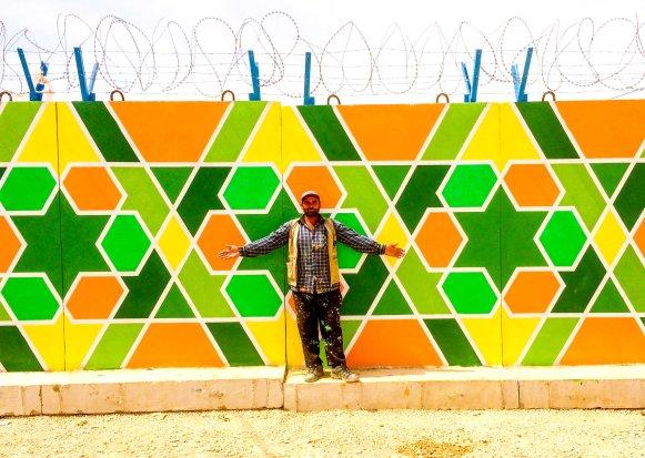 Ali Kiwan, Syrian artist in Za'atari: the Arabesque master!