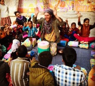 Max Frieder leading a drumming workshop in Delhi