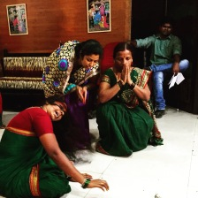 Community performance in Mumbai