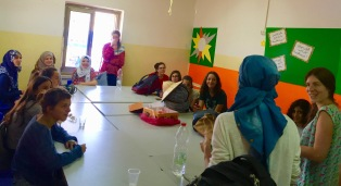 Workshop in East Jerusalem with Jewish and Arab girls
