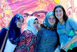 Jerusalem: project with Arab and Jewish girls