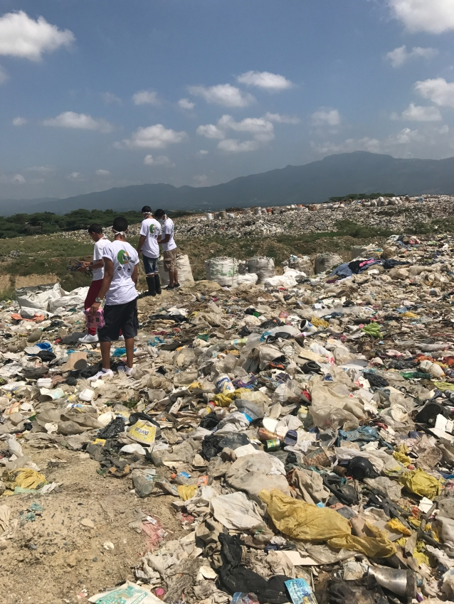 Visiting the Rafey trash dump to collect materials for our sculpture