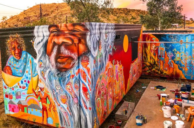 Central Desert, Australia 2017: Joel and Max Frieder partnered with local Aboriginal organizations to engage youth and communities in public art projects that addressed social issues and the resilience of Indigenous peoples.